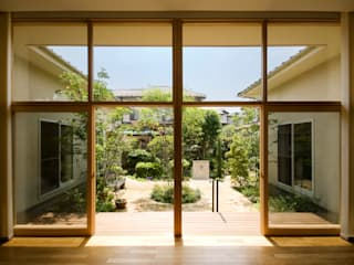 COURT HOUSE FURUKAWA DESIGN OFFICE Jardines de estilo moderno