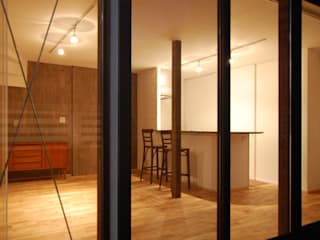 Renovation at Hagiyama Salas de estilo moderno de FURUKAWA DESIGN OFFICE Moderno