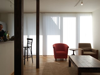 Renovation at Hagiyama FURUKAWA DESIGN OFFICE Salas de estilo moderno
