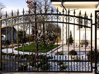 Realizacja ogrodzenia 10: styl , w kategorii  zaprojektowany przez Armet