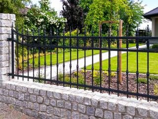 Realizacja ogrodzenia 16: styl , w kategorii  zaprojektowany przez Armet