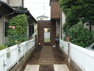 Eclectic style garden by (有)RABBITSON一級建築士事務所 Eclectic