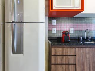 Nowoczesna kuchnia od Arquiteto Gustavo Redlich & Associados Nowoczesny