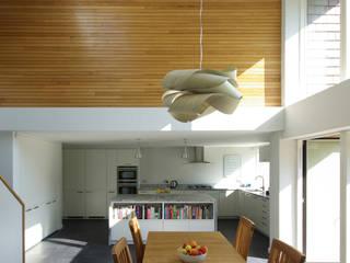 Cedar House Designscape Architects Ltd Moderne Esszimmer