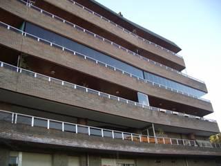 IBZ Cristal Balkon, Beranda & Teras Modern