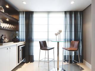 Arquiteto Gustavo Redlich & Associados Modern wine cellar