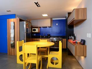 Moderno e Azul Cozinhas modernas por Alexandre Magno Arquiteto Moderno