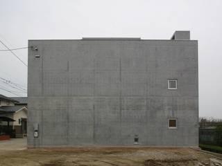 Casas de estilo  por 白根博紀建築設計事務所, Moderno