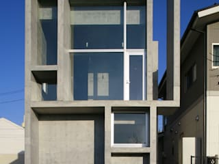Casas de estilo moderno de 白根博紀建築設計事務所 Moderno