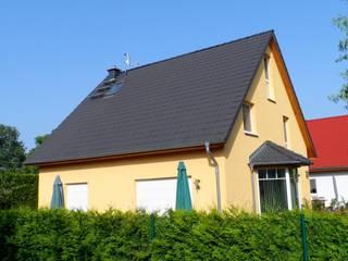 Classic style houses by ENCON Baugesellschaft mbH Classic