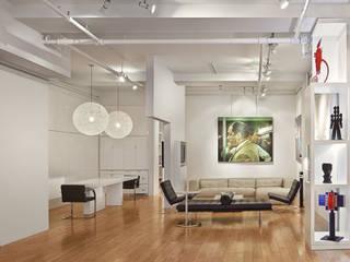 Lounge mit Küchenbereich: moderne Wohnzimmer von Goderbauer Architects