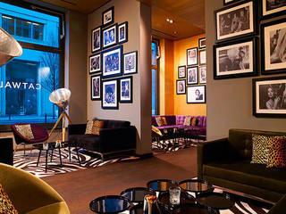 UNVERNUNFT Stehleuchte im Mariott Hotel in Berlin Skandinavische Hotels von LIEHT – Die Lichtmanufaktur Skandinavisch
