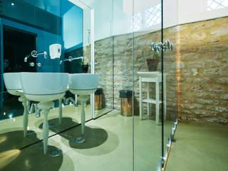 Ristorante Mangiafuoco: Bar & Club in stile  di WALTER SBICCA studio