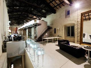 Walter Sbicca studio: Complessi per uffici in stile  di WALTER SBICCA studio