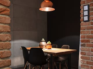 Industrial style dining room by Anna Krzak architektura wnętrz Industrial
