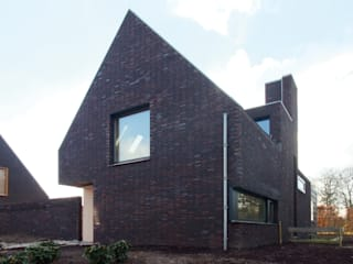 by Thomas Kemme Architecten