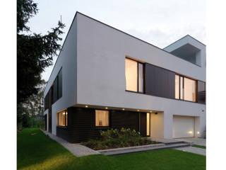 Casas de estilo minimalista de Jednacz Architekci Minimalista
