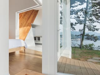 Knot House unfolds in Geoje Island, South Korea: Artrier Chang의  호텔