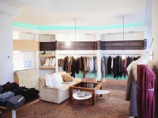 Interior Store :  Geschäftsräume & Stores von ARCHITECTURED