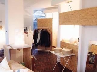 Store Interior:  Geschäftsräume & Stores von ARCHITECTURED