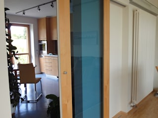 INNENARCHITEKTUR eines Einfamilienhauses in Regensburg Moderne Wohnzimmer von Architektur + Innenarchitektur ASW Modern