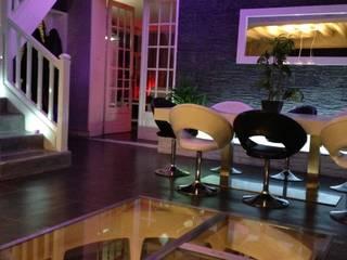 Helicave Maxi Ronde in woonkamer:   door Van Dijk Maasland