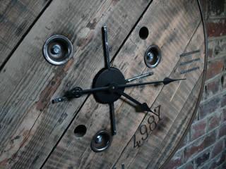"""Horloge """"Initio"""":  de style  par Atelier du Parfond"""