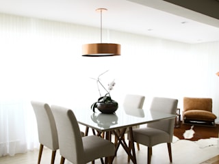 Modern dining room by ARQ_IN Modern