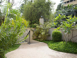 Tropical style houses by juliana freitas paisagismo Tropical