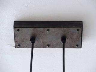 Offlight Deckenlampe – (Klarglasversion mit Rippenfassungen für Kohlefadenbirnen) offlight.eu EsszimmerWeinregale