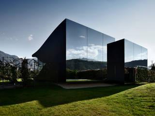 Mirror Houses Casas minimalistas por Peter Pichler Architecture Minimalista
