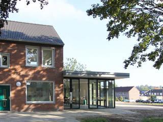 Maisons de style  par SeC architecten, Moderne
