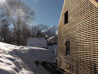 chantier en cours: Maisons de style de style eclectique par Atelier S
