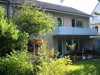 Gartenfassade vor der Modernisierung:   von ARCHITEKTURBÜRO  SEIPEL