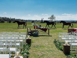 Country style garden by Empordà Events Country