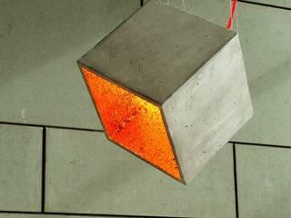"Beton Cube ""KAA 38° flex glow"":  Arbeitszimmer von Beton Cube"