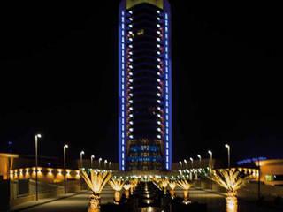 Millennium Tower in Iraq: Hotel in stile  di Disano illuminazione spa