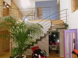 Rénovation Maison D Salon classique par FARACHE CLAUDE Classique