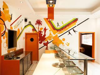 Pizzeria BACHELET - Decorazione d'interni:  in stile  di Todesign