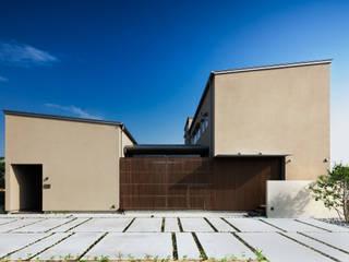Modern Houses by 有限会社ミサオケンチクラボ Modern
