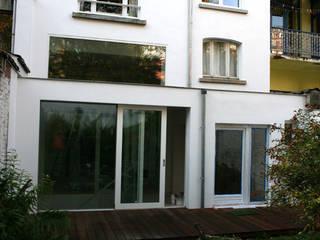 cool Fenêtres & Portes minimalistes par m architecture Minimaliste