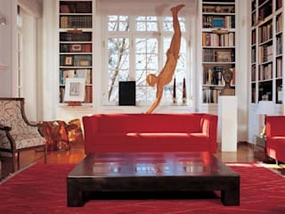 Salas de estar clássicas por MCM Arch Clássico