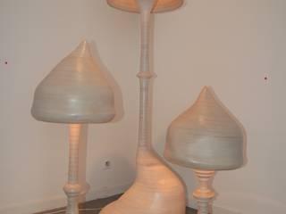 Lampes champignons.:  de style  par Bois des corbeaux.