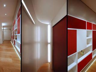 Casa PK Pareti & Pavimenti in stile moderno di Next Urban Solutions Moderno