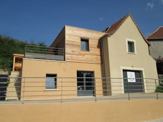 Façade Est: Maisons de style de style Moderne par LIARSOU et CONSTANT architectes DPLG