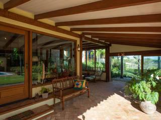 Jaguariuna: Terraços  por PM Arquitetura,Rústico