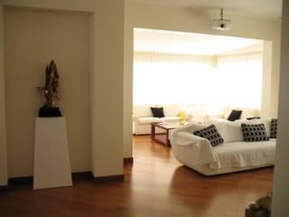 Appartamento a Roma Nord:  in stile  di Nicoletti Architects