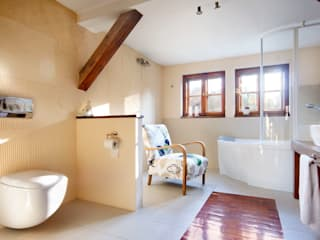 Studio Projektowe RoRO interior + design Country style bathrooms