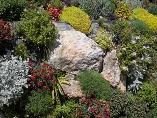 la croix des gardes Jardin méditerranéen par JUNGLE ART Méditerranéen
