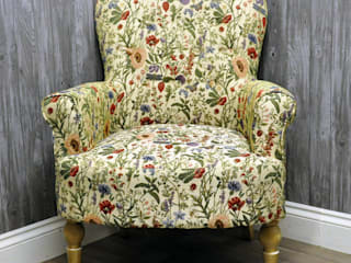 English Flowers Traditional Button Back Arm Chair:   by Acacia Home